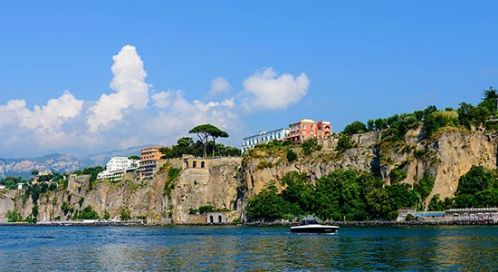 Sorrento yacht rental
